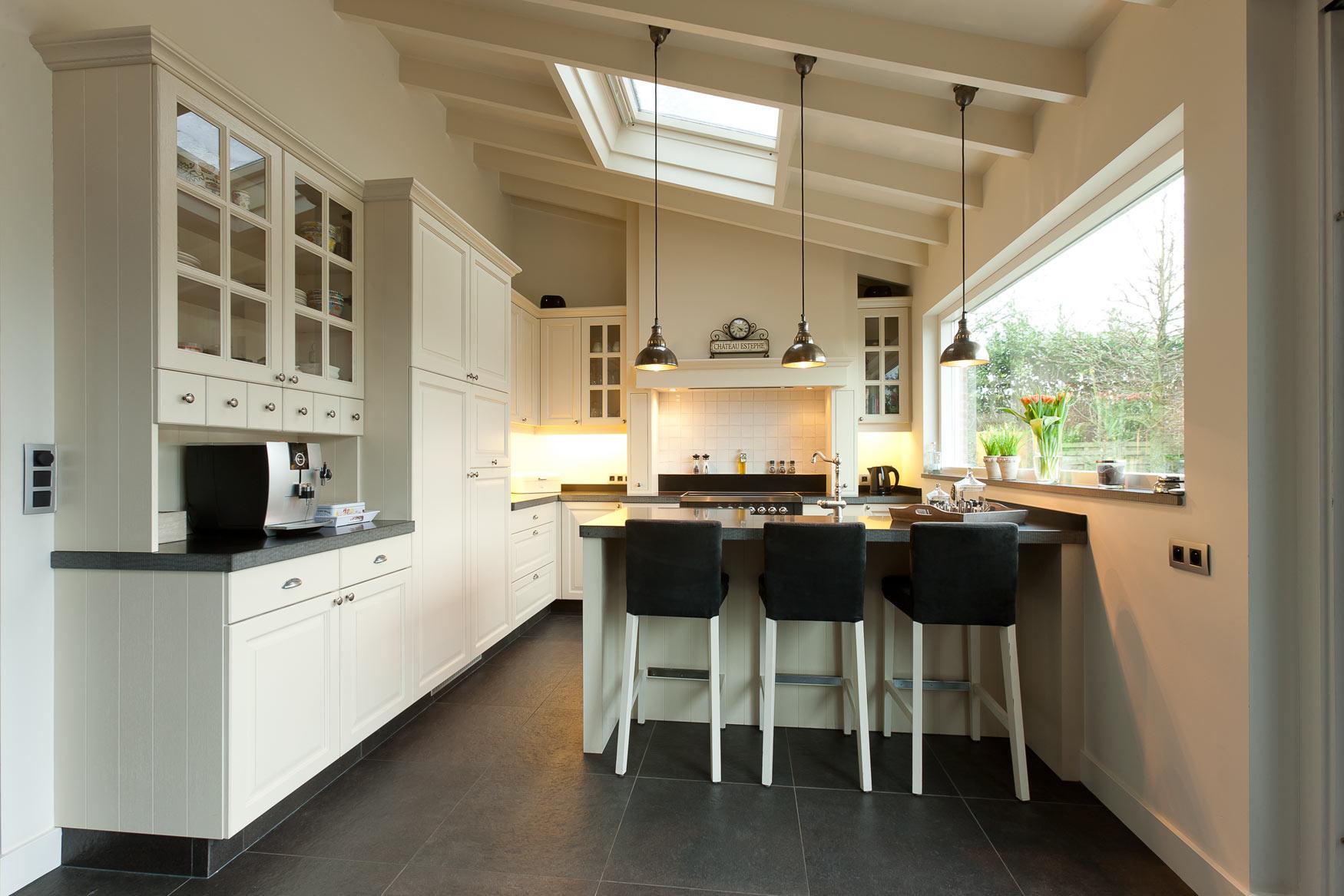 Keukens nijhof interieurmakers interieurbouw for Interieur keukens
